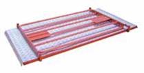 Pont piéton métal avec barrières repliables