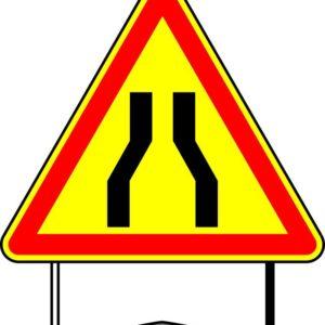 Panneau de signalisation type AK 700/650 mm danger temporaire
